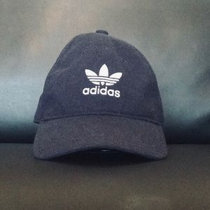 Adidas Originals Relaxed Strap-Back Hat (dad hat).
